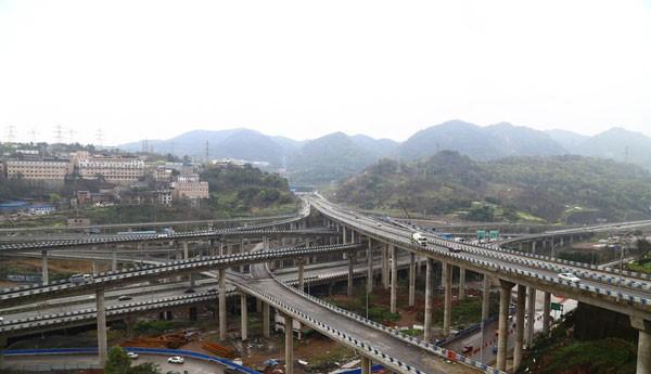 重庆黄桷湾立交桥施工案例